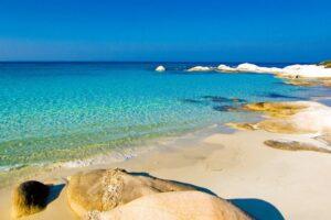 Καβουρότρυπες: Η «Χαβάη» της Ελλάδας βρίσκεται στη Χαλκιδική!